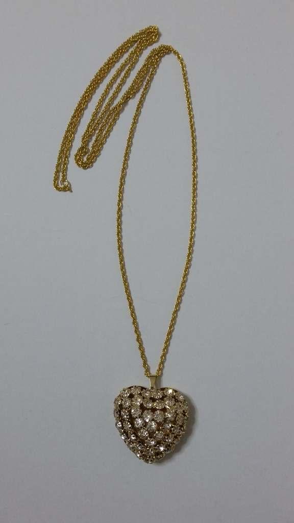 ΚΜΠ043-Κρεμαστή καρδιά χρυσή με σβαροφσκι κρύσταλλα και αλυσίδα μακριά 30  ευρώ 94a7dea163f