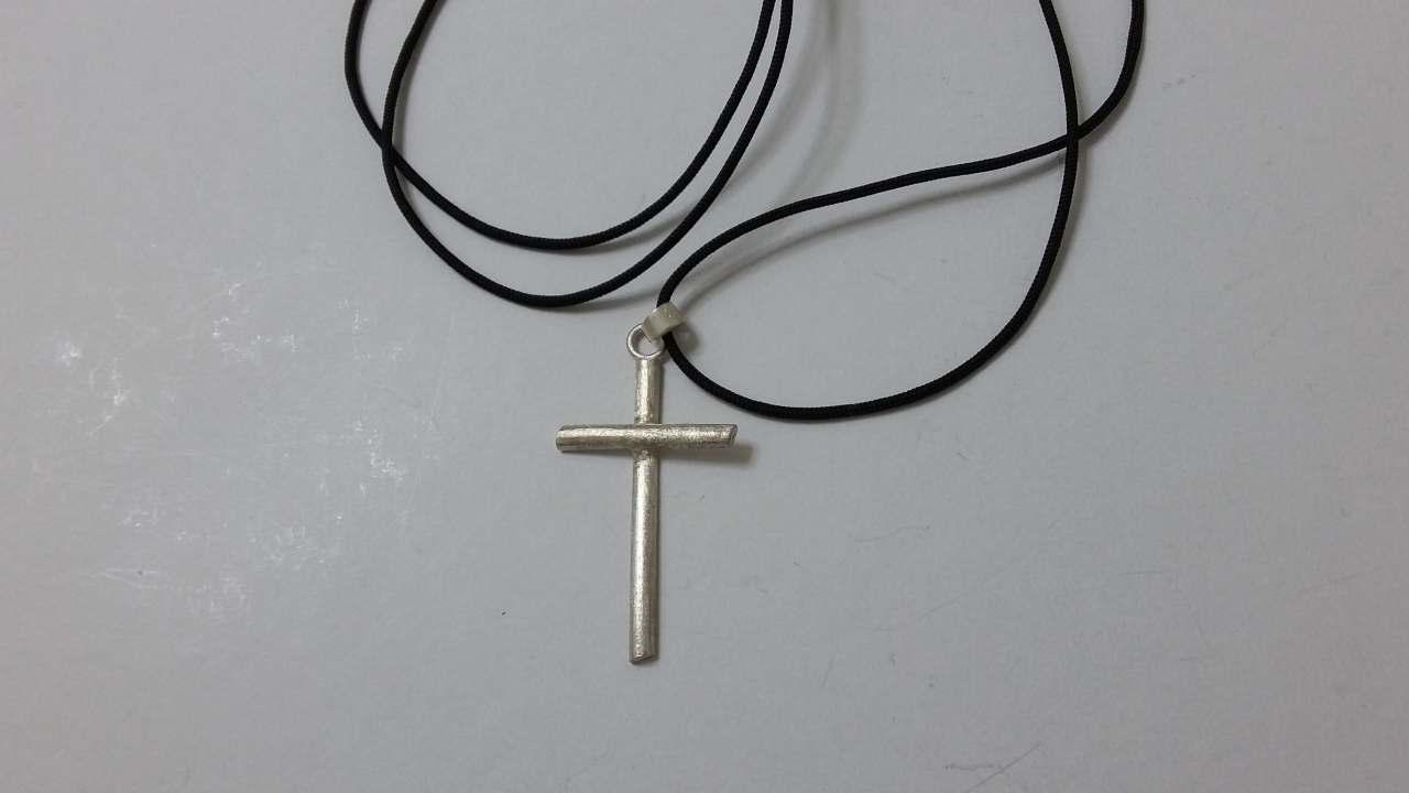 ΚΜΠ066-Κολιέ χειροποίητος σταυρός(4εκ) από ασήμι 925 με κορδόνι  αυξομείωσης-30ευρώ 004af9c0ae5