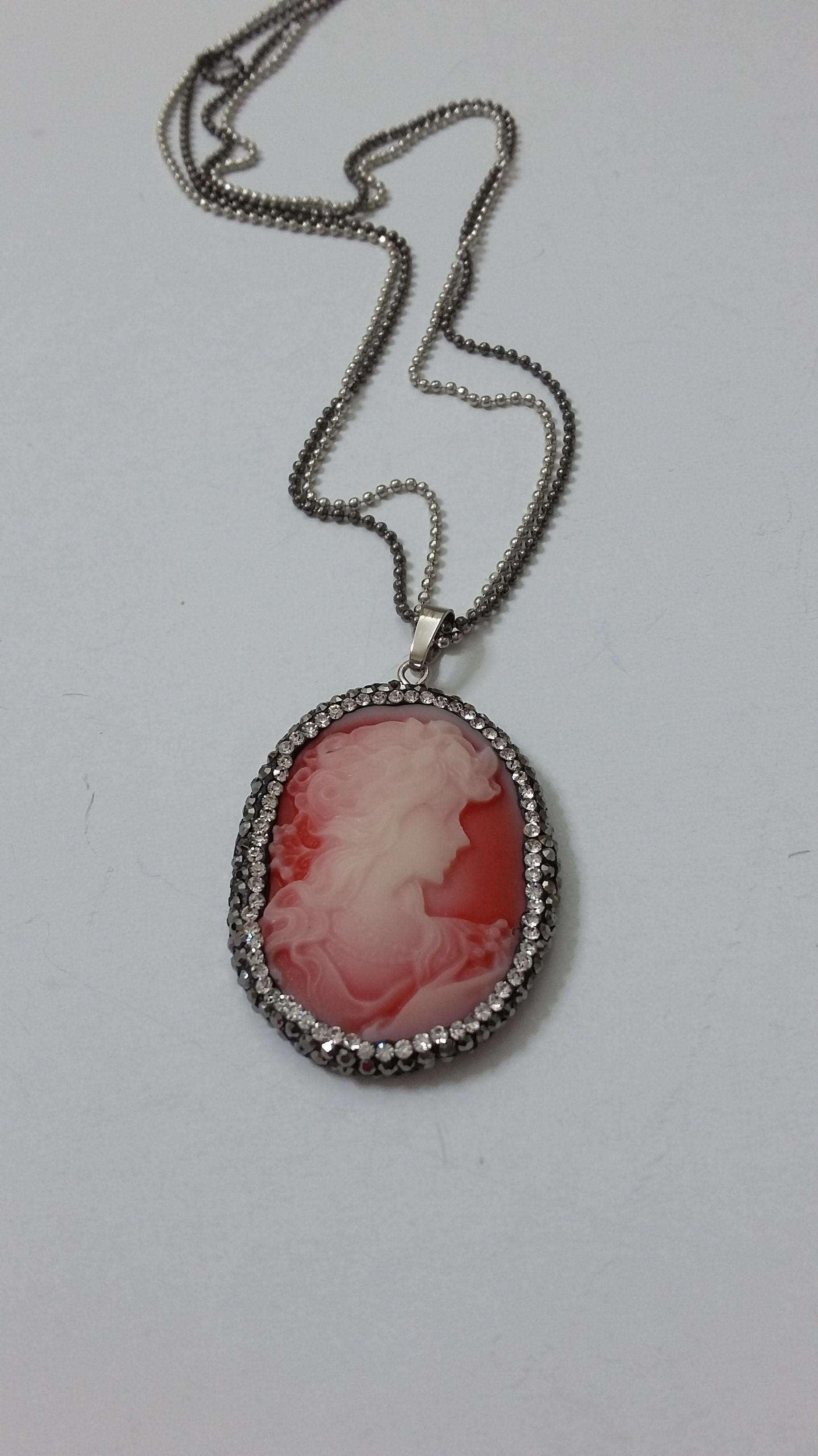 ΚΜΠ116 – Κολιέ καμέο σε κόκκινο πέτρωμα -20 ευρώ  be00a0a8d8f