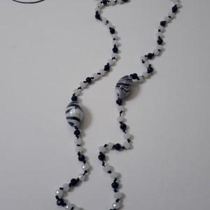 ΚΜΠ157 -Κολιέ μακρύ με κρύσταλλα δεμένα σε κορδόνι μπλε και στοιχεία μουράνο - 22 ευρώ