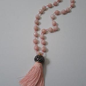 ΚΜΠ158-Κολιέ μακρύ με ημιπολύτιμες πέτρες τζέιντ ροζ κορδόνι και φούντα ροζ με μαρκασίτη - 40 ευρώ